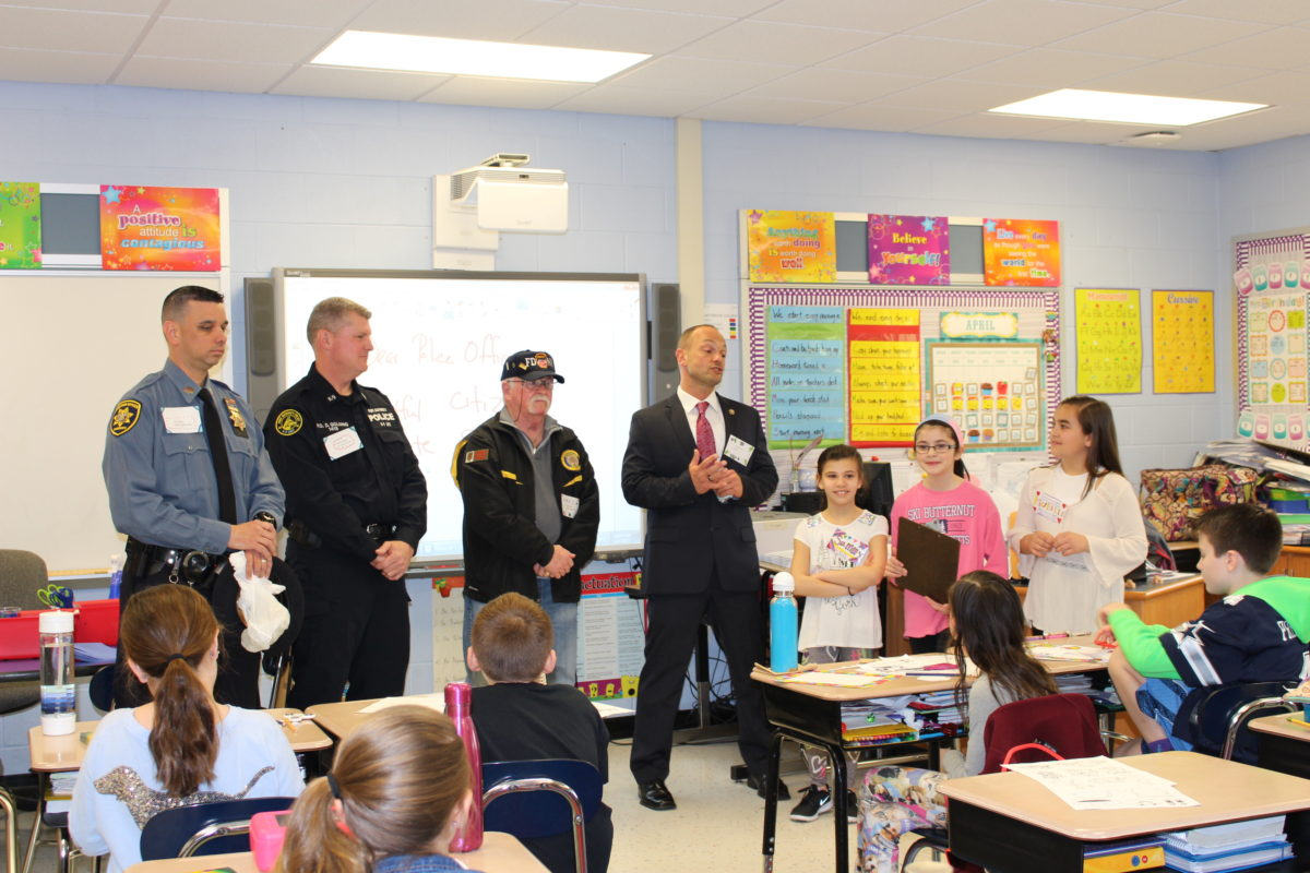 Miller Place Students Give Back to Local Heroes